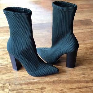 Steve Madden Sock Booties // Sz. 39